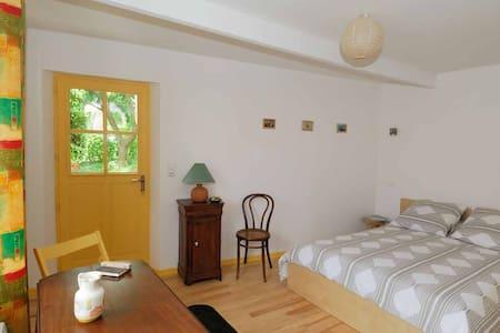 chambre chez l'habitant, chambre d'hôtes - Anjou