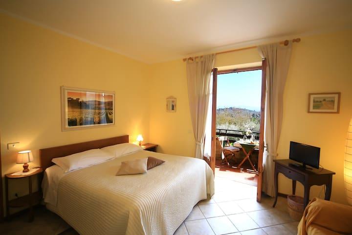 Appartamento con vista a San Gimignano