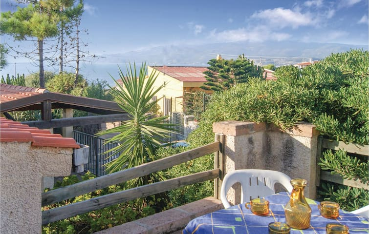 Semi-Detached with 3 bedrooms on 80 m² in Porto Alabe OR