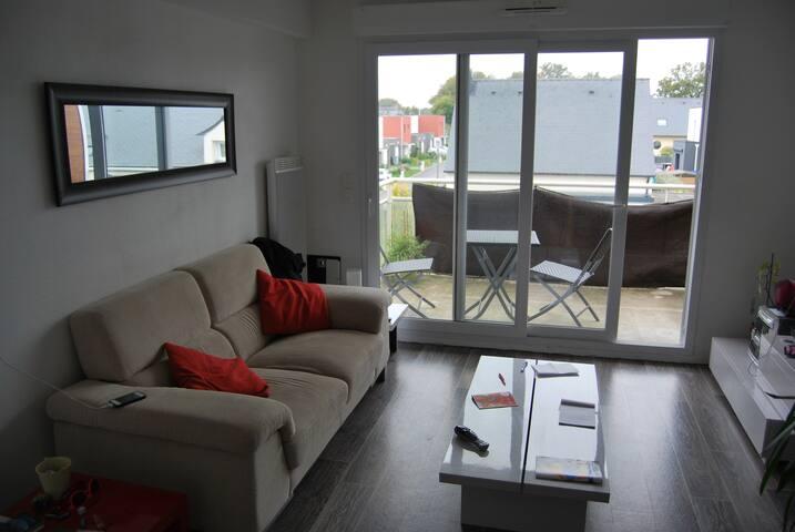 Appartement T2 2ème étage, 42m2 - Plescop - Appartement