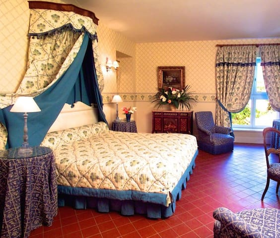 Superior Double Bedroom for 2 Persons