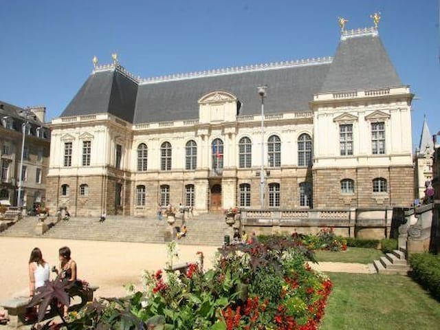Maison de bourg lumineuse - Miniac-sous-Bécherel - Hus