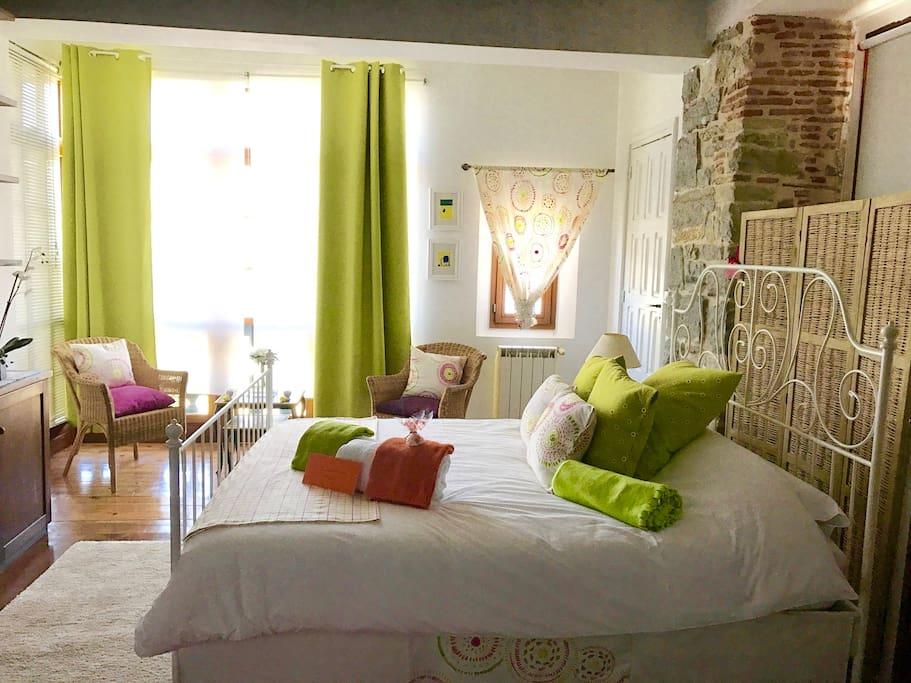 el puerto les meilleures vues de saint jean de luz chambres d 39 h tes louer ciboure. Black Bedroom Furniture Sets. Home Design Ideas
