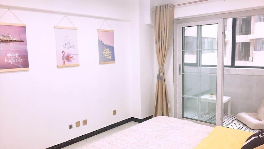 【繁华】钟鼓楼/回民街唐宁国际两居室