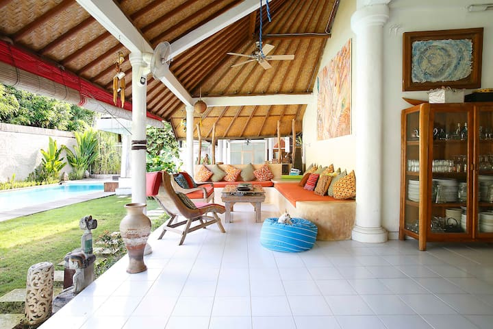 Family Home in the Heart of Seminyak - Kabupaten Badung - Huis
