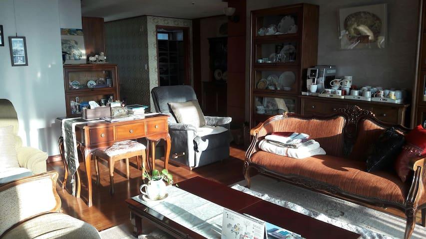 조용하고 깨끗한 부산 사통팔달의 중심지 - 부산시 연제구  - Apartment