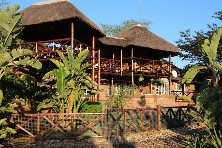 Marloth Park huis met uniek uitzicht Kruger Park)i