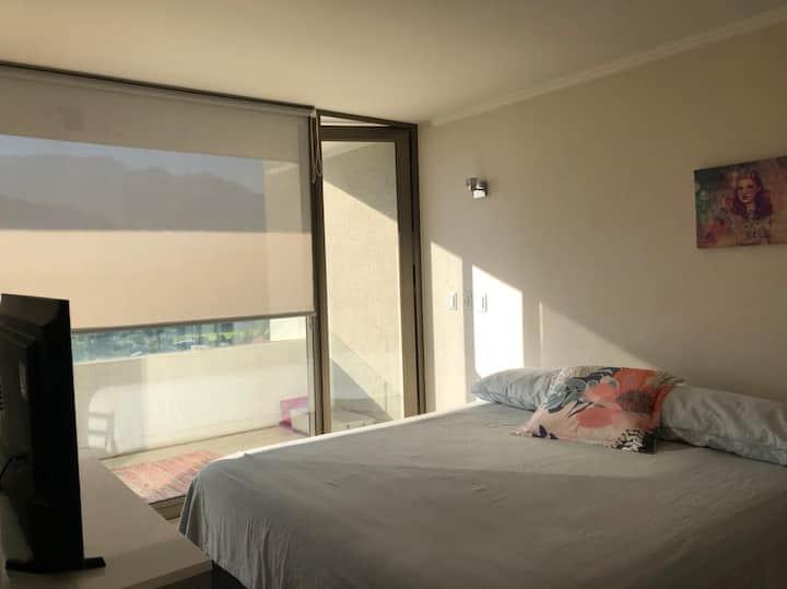 Moderno depto con vista panorámica en Las Condes