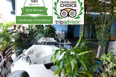"Three times ""certificate of excellence"" winner - Krong Siem Reap"