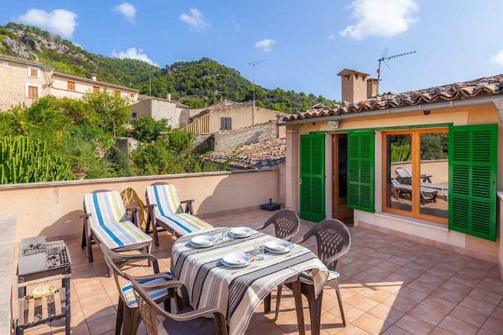 Spacious apartment in typical Mallorcan village - Caimari Apartment