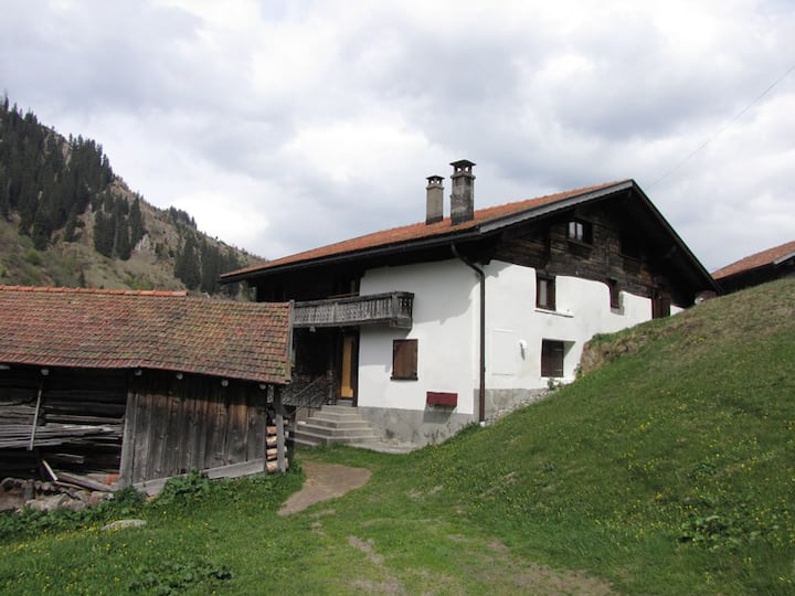 Casa Crest