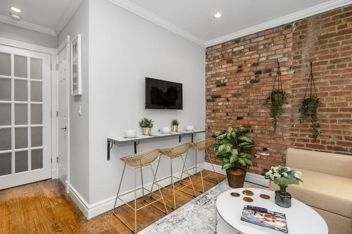 ♡ Big 1 BR with Washer & Dryer in EastVillage♡