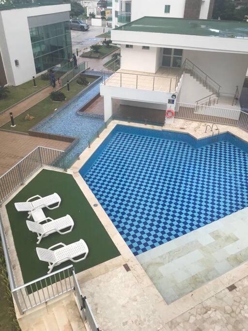 Pool, gym and barbacoa area