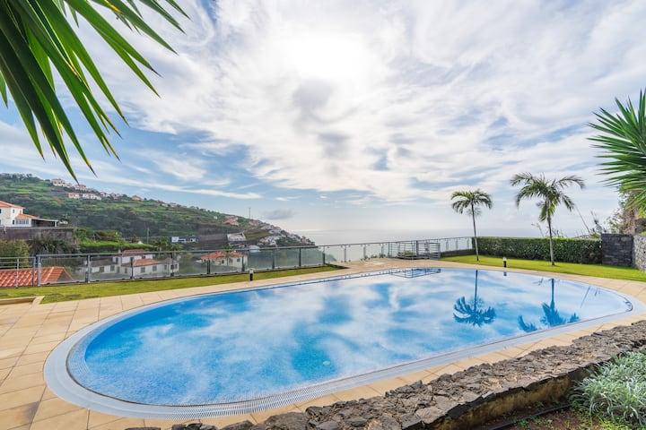 Apartment Serramar , Magnificent Views