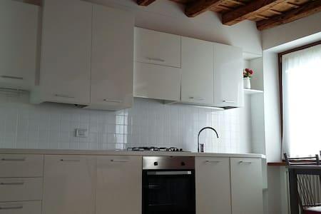 Sara home in piazzetta - Negrar - Wohnung