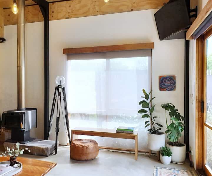 Minimalist Studio in rural Victoria