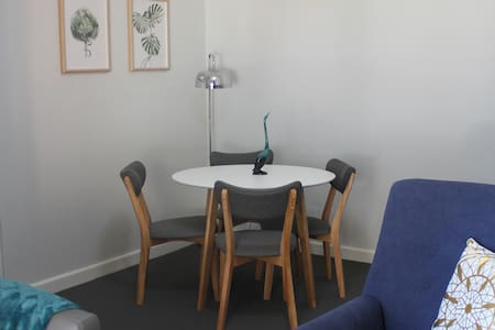 Sunny Ground Floor 2 Bedroom Maroubra Unit