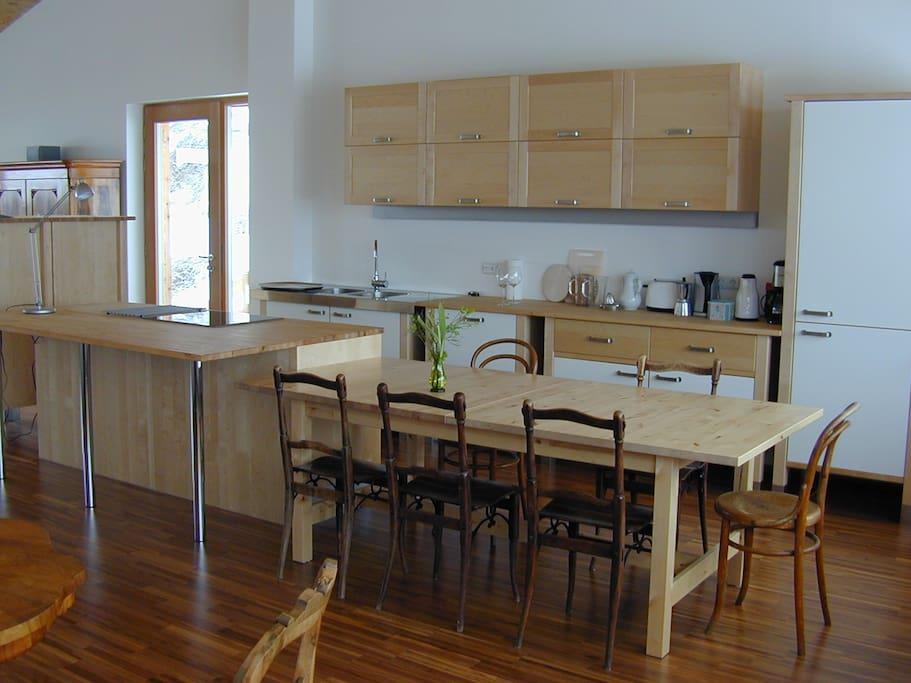 Essplatz und voll ausgestattete Küche
