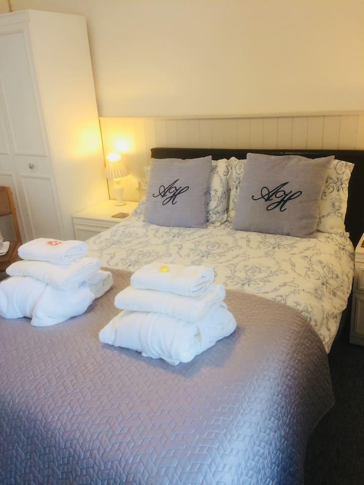 Arden House | Your home-from-home in Arundel - Double non en-suite
