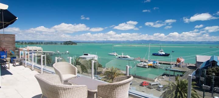 Luxurious Waterfront Apartment with Stunning Views
