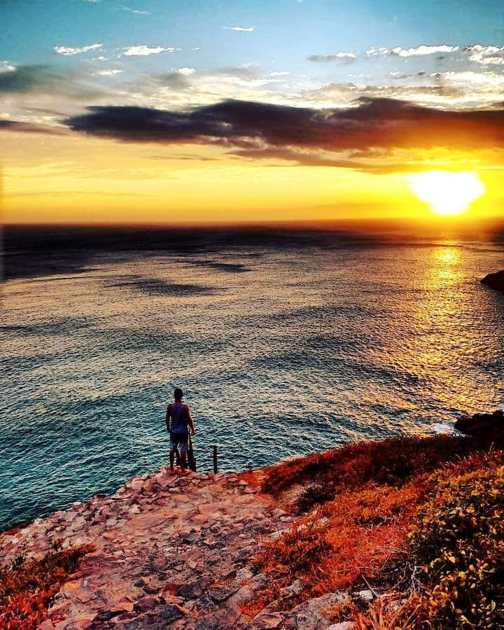 O Por do Sol  nas escadas da Praia Brava