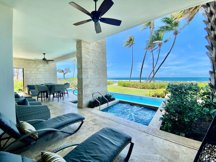 REDUCED RATES! West Beach Ground-Floor Residence With Private Pool