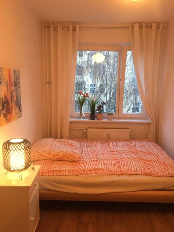 cosy room in Friedrichshain
