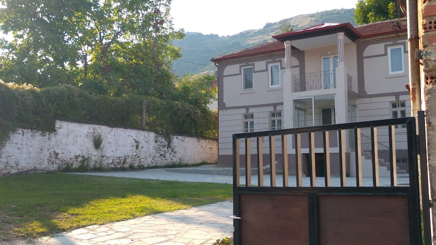 4 Seasons in Florina- Villa House 357607