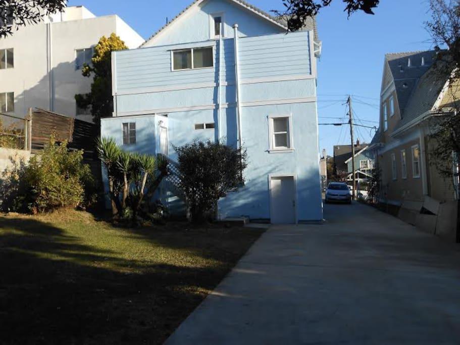 Large Backyard and drivewat