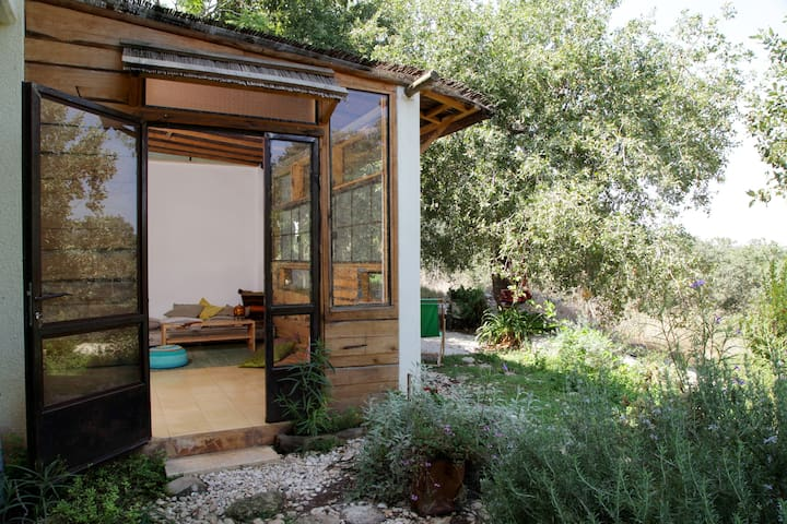 Romantic nature bed and breakfast getaway