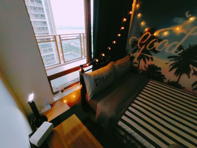 猎德花园江景公寓小卧|近地铁、兴盛路|坐拥CBD腹地,上班出差拎包入住|一览广州塔、海心沙