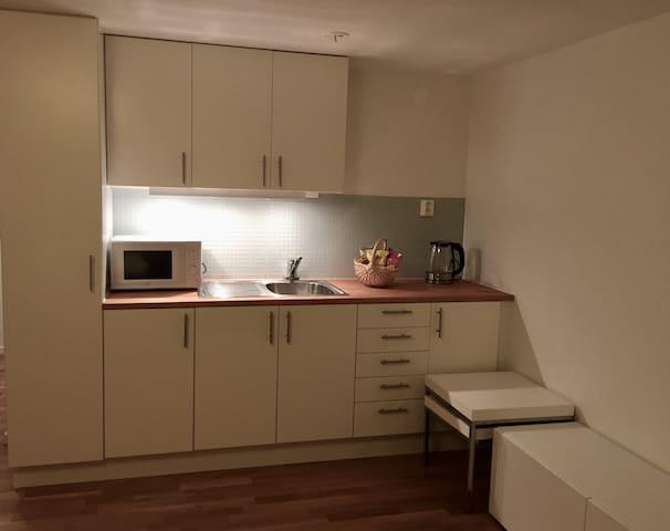 Fräscht rum/lägenhet i ett lugnt område