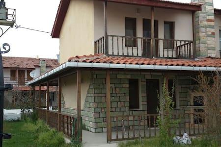 Onay 1 Sitesinin Giriş Villası Temiz Eşyalı - Çanakkale - Villa