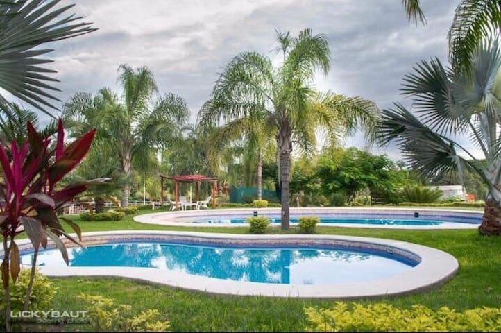 Alojamiento 2 Rancho Ixtla Las Palmas
