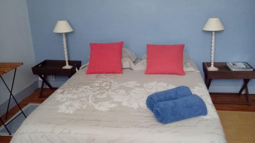 Chambre dans quartier de charme et calme - Concarneau - Rumah