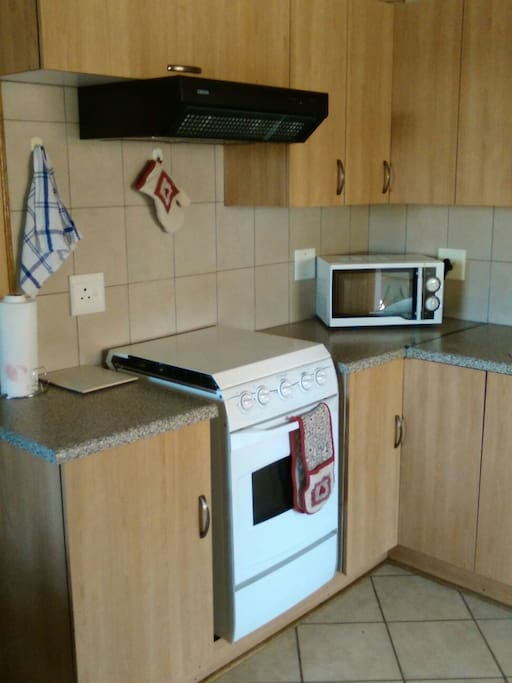 Kitchen, Gas stove, microwave