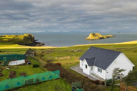 **Νέο ** Castle View Cottage - Καταπληκτική θέα στον ωκεανό