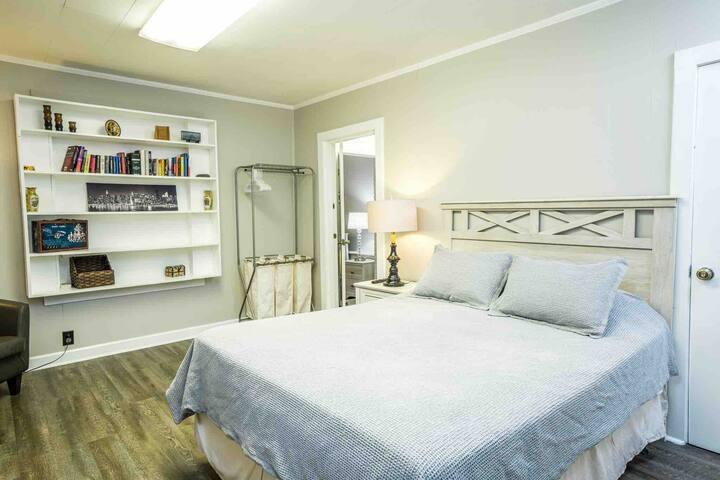 Bedroom 1 with Queen Size Bed.