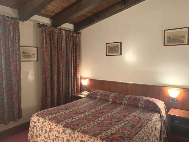 Classic Double Room in Villa Sara