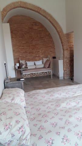 Chambre / salle d'eau privatives, centre Montauban - Montauban - Apartment