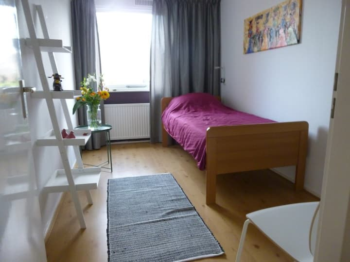 Room in Nieuw-Vennep for 1 person.