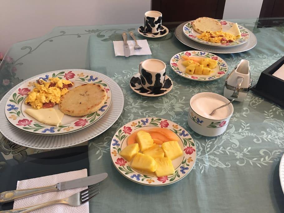 Casa paraiso 4 ciudad jardin bed breakfasts for rent for Casas en ciudad jardin cali