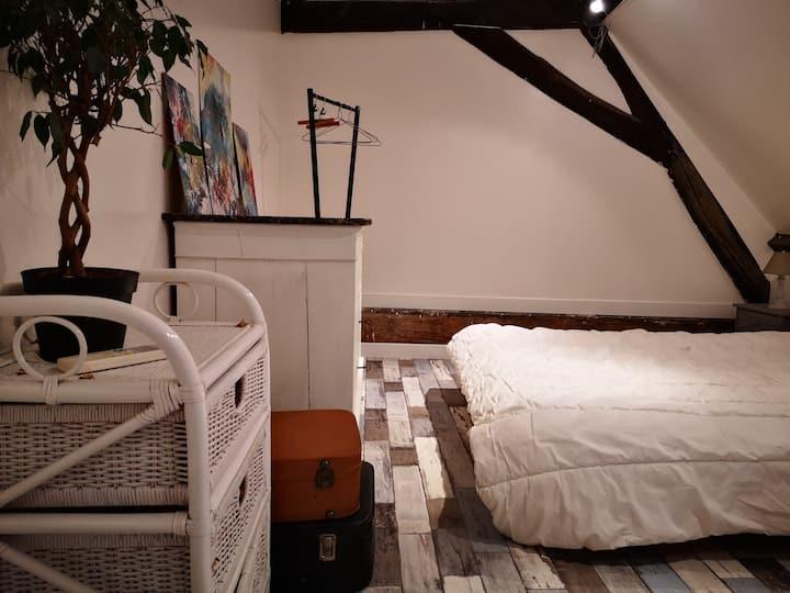 Chambre privée dans charmante maison avec jardin