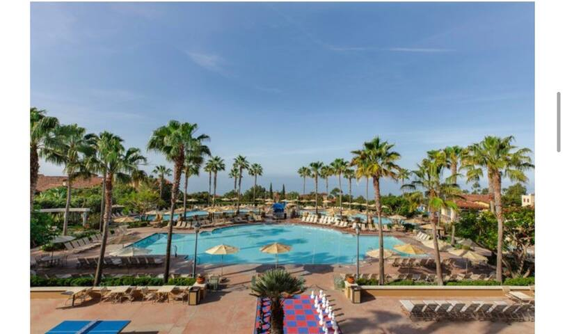 Beautiful Marriott Coast Villas - Relax in the Sun