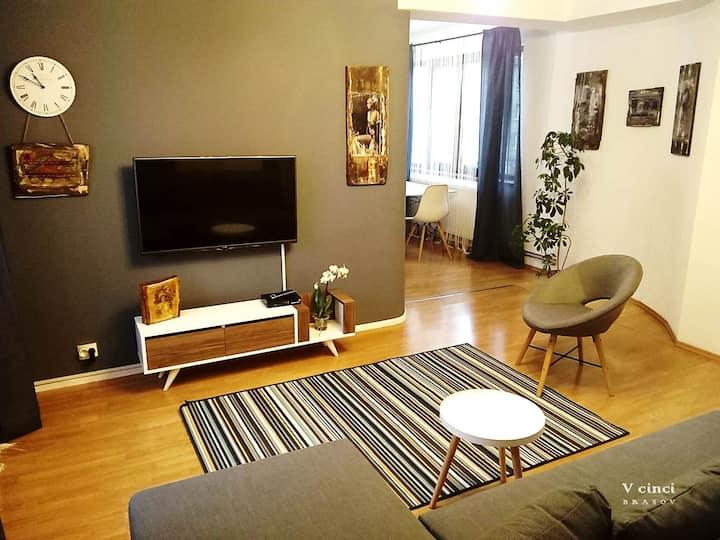 V5 Apartment