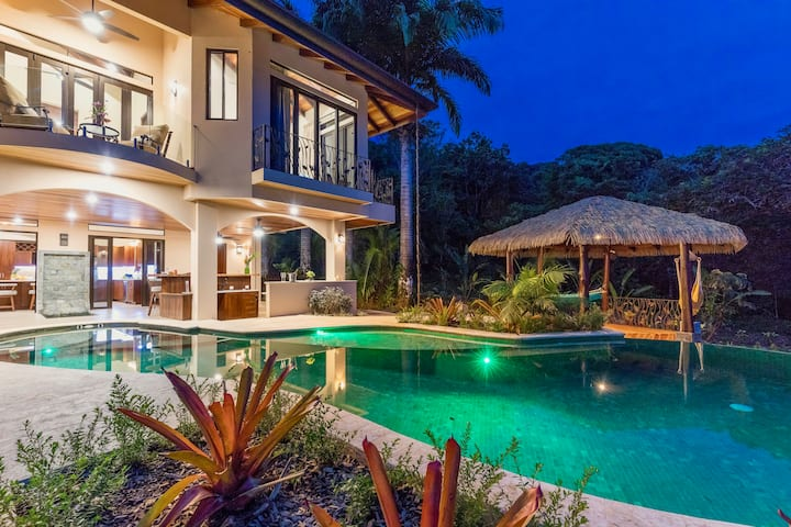 Brand New Luxury Villa, Outstanding Ocean Views