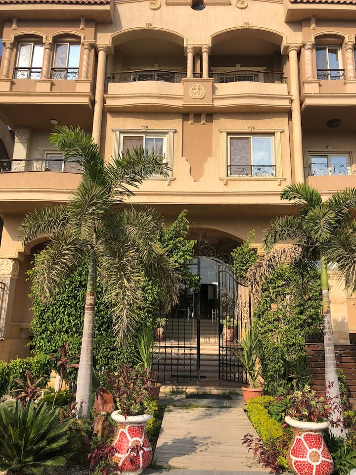 Luxury apartment in West Golf  5th settlement
