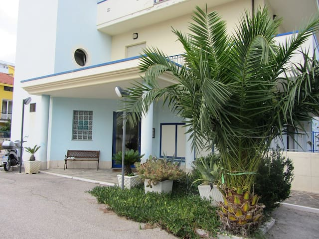 relax e business 50 mt mare e 10 min Pescara centr - Montesilvano - Apartamento