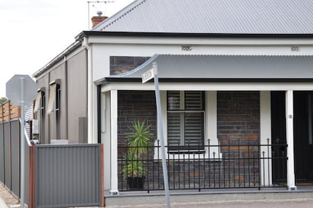 Unley Bluestone Cottage - Unley