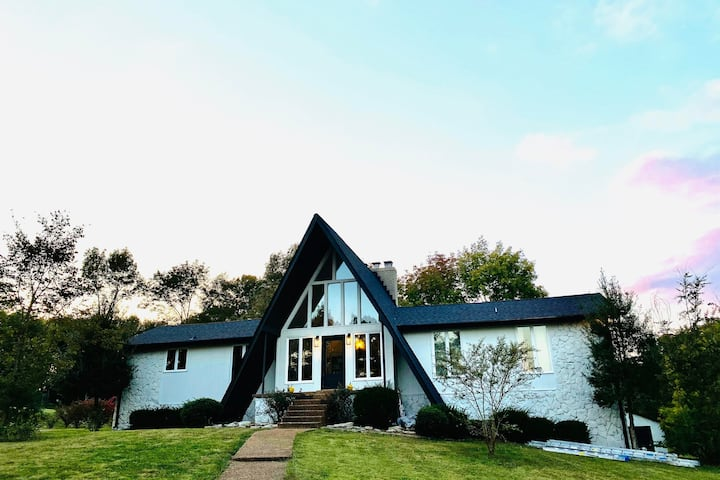 3-acre Retreat Minutes From Nashville